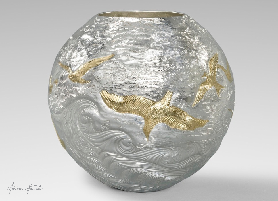 Miriam Hanid - Birds In Flight - Britannia silver vase d